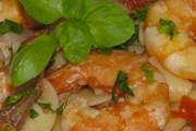 Taglatele cu cozi de raci și sos de roșii